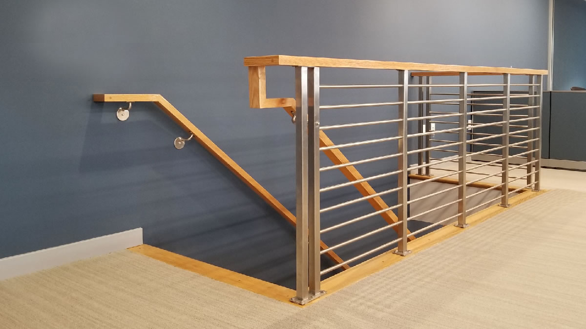 CLEARVIEW® Olympus Stainless Steel Horizontal Bar Railing on Interior Upper Landing - Wall Mounted Wood Handrail
