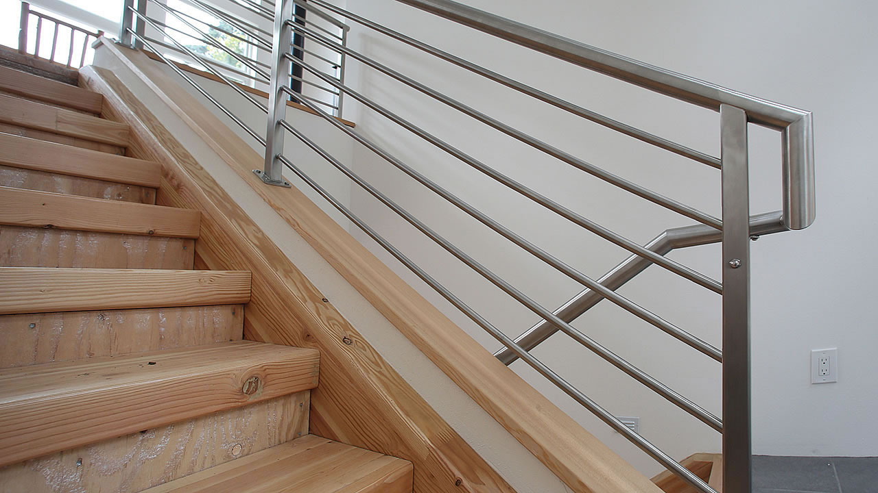 CLEARVIEW® Olympus Stainless Steel Horizontal Bar Railing on Interior Stair